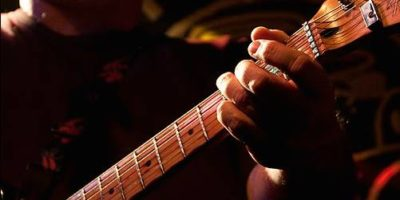 Bruce Shockley image, close up of guitar